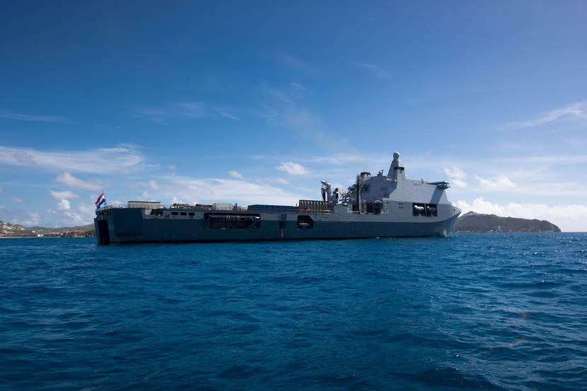 Karel Doorman op zee