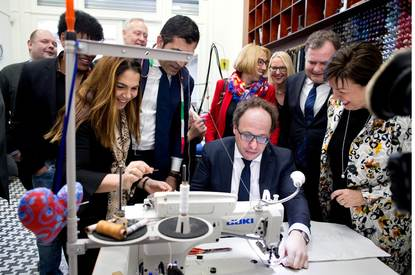Minister Koolmees opent Ambachtsacademie