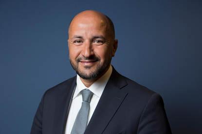 Portretfoto burgemeester Marcouch van Arnhem